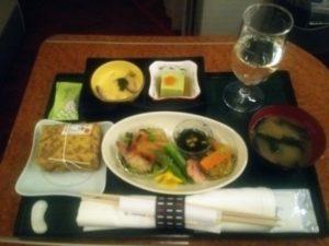 JAL国内線ファーストクラス食事
