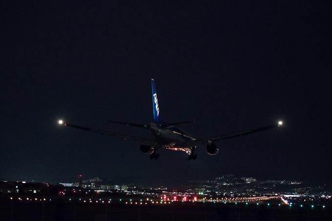 千里川土手 夜間