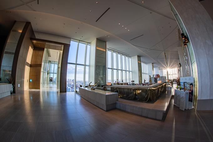 あべのハルカス19階、大阪マリオット都ホテルのロビーフロア。